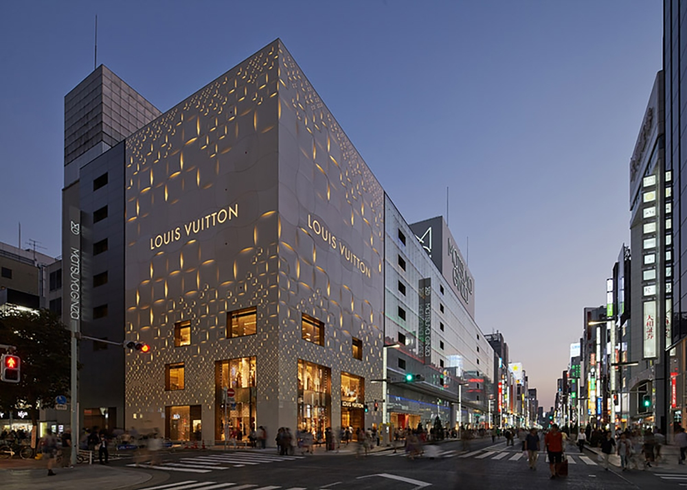 Louis-Vuitton-by-Aoki-Jun_dezeen_784_0.jpg