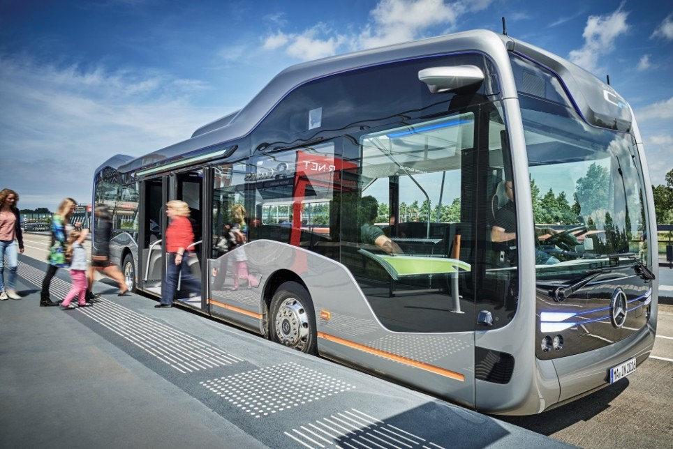 mercedes-city-bus-964x644.jpg